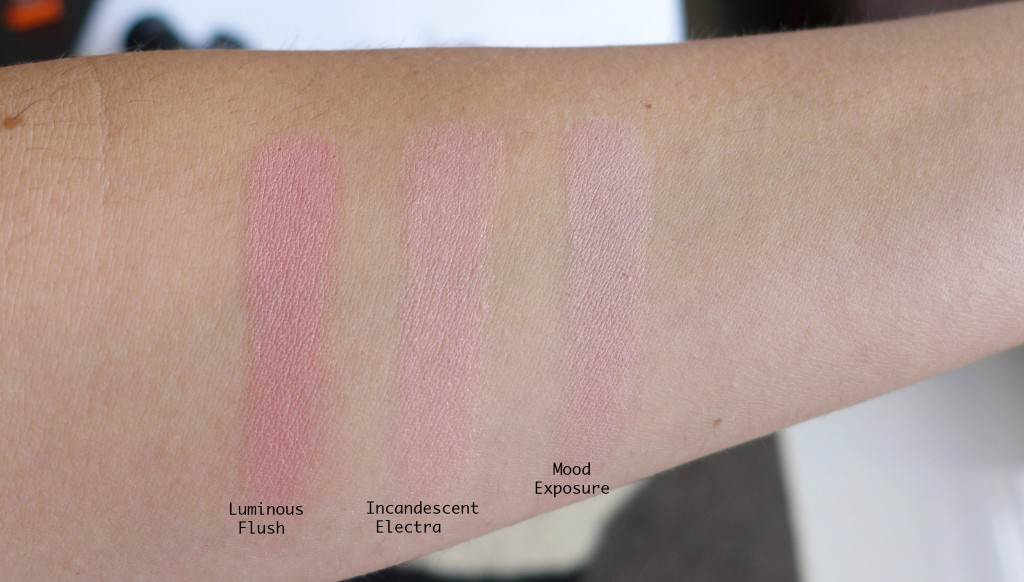 Hourglassblushswatch