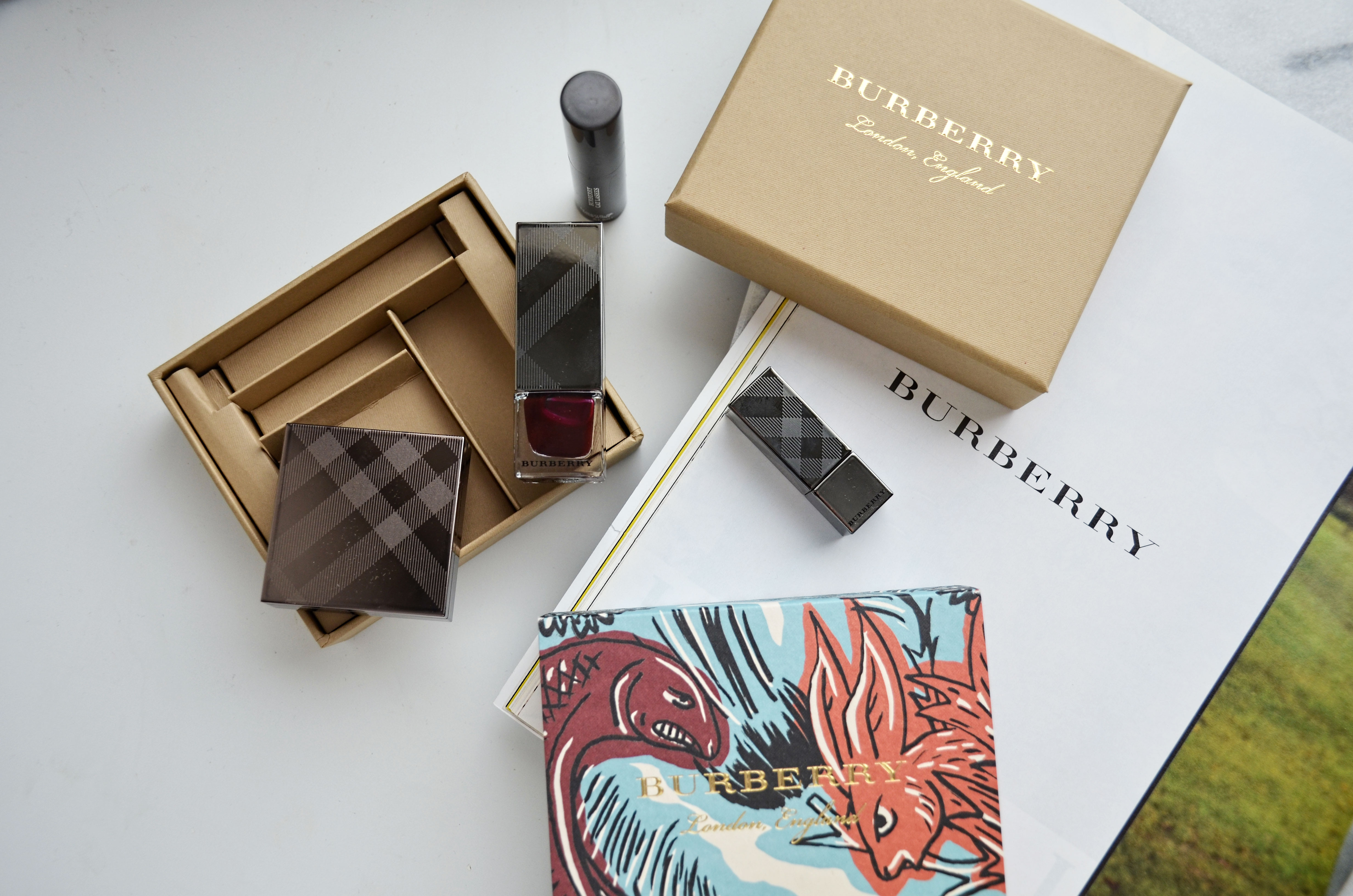 Burberry Beasts Beauty Box - Makeup-Sessions