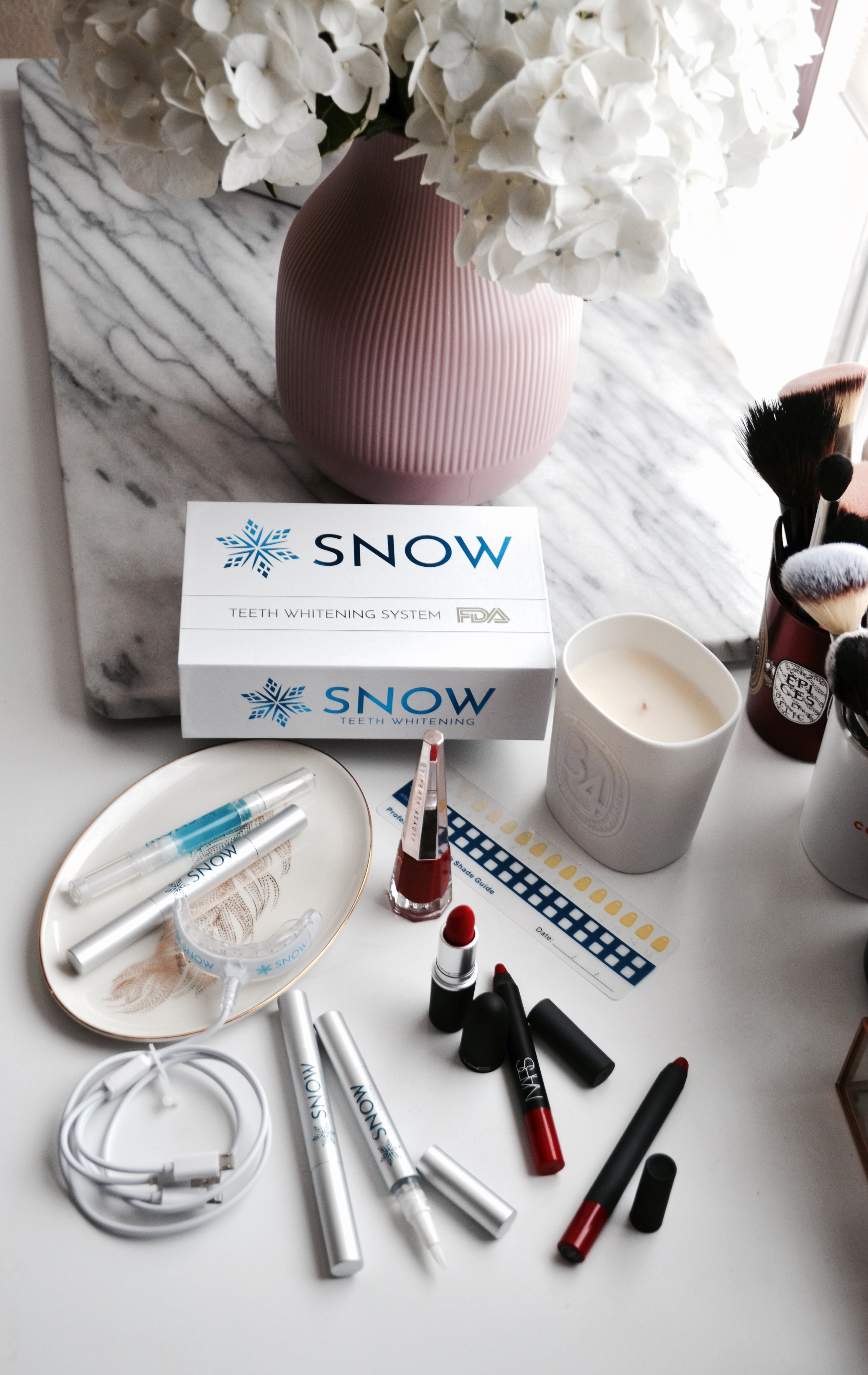 Kit Snow Teeth Whitening On Amazon
